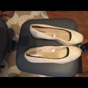 Great neutral espadrilles